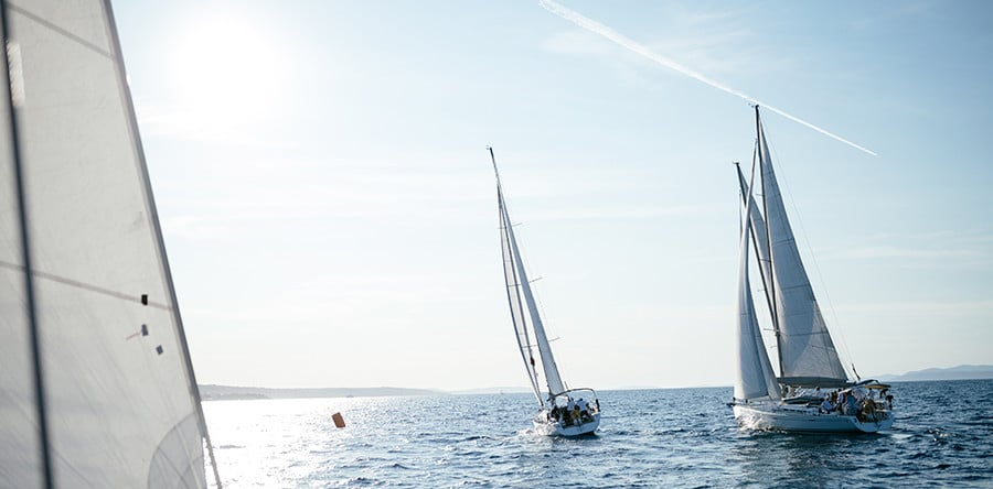 10 Point Checklist: How to Sail in Safety - Adriana's Insurance