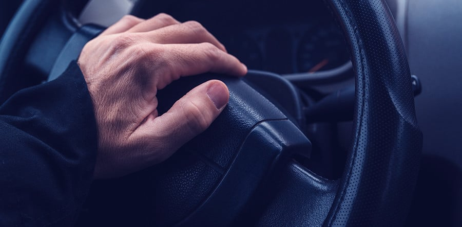 3 Safety Tips on How to React When a Tailgater Pulls Up - Adriana's Insurance