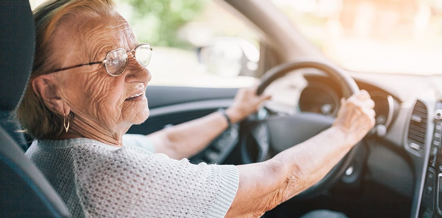 3 Warning Signs that Your Eyesight is Deteriorating too Much to Drive - Adriana's Insurance