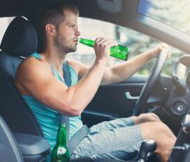 10 Signs You Might be Sharing the Road with a Drunk Driver