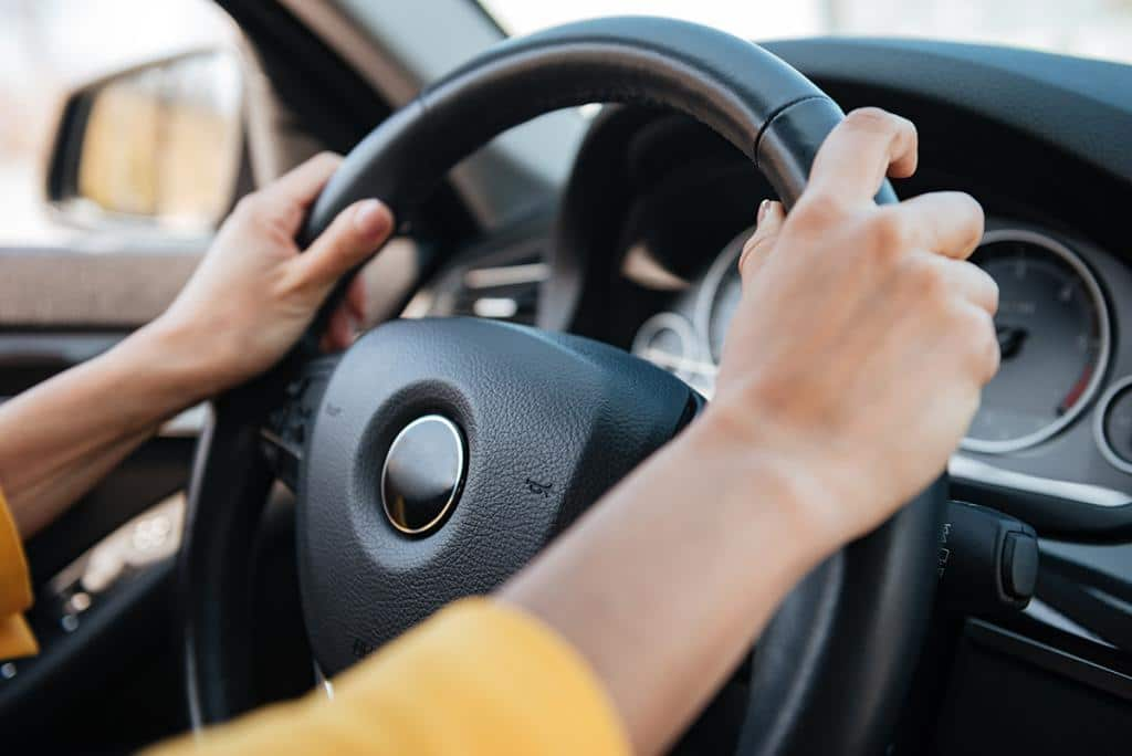 3 Harmless Habits which Will Keep You Safer as You Drive