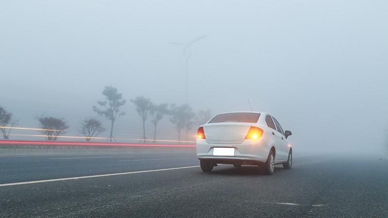 4 Pivotal Safety Measures to Follow When Driving in Fog